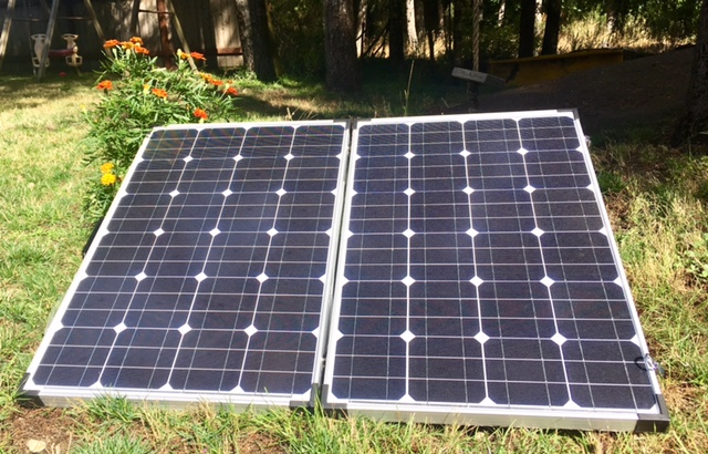 solar-panel-140w-folding-kit.jpg