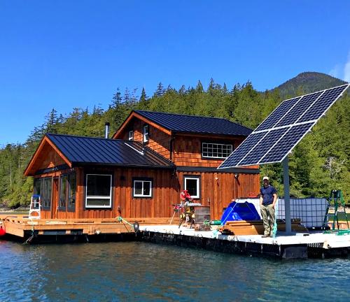 tofino-solar-panel-installs-vancouver-island-bc-canada-.jpg